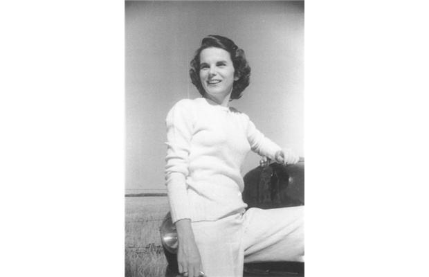 Holly.1946.age.29.